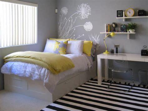 tipps fürs bett schlafzimmer in verschiedenen farben