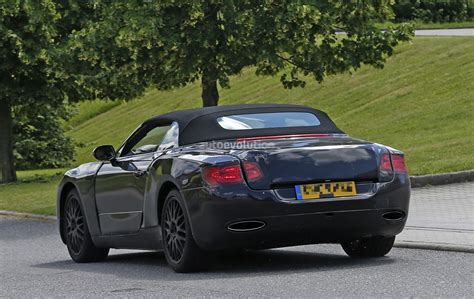 2018 Bentley Gtc by 2018 Bentley Continental Gtc Says Cheese To The