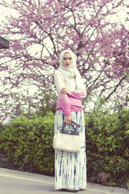 Contoh Gaya Berpose Dian Pelangi | 23 kumpulan gaya hijab ala dian pelangi terbaru
