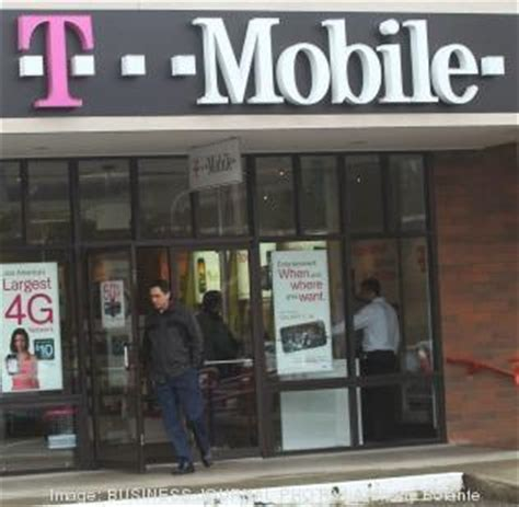T Mobile Corporate Office by U S Cellular Sells Wireless Spectrum To T Mobile