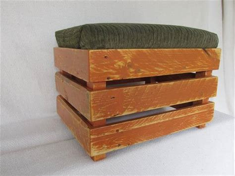 ottoman from pallet diy upholstered pallet ottoman step stool pallet