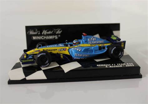 renault f1 alonso 1 43 fernando alonso renault f1 team r25 2005 world