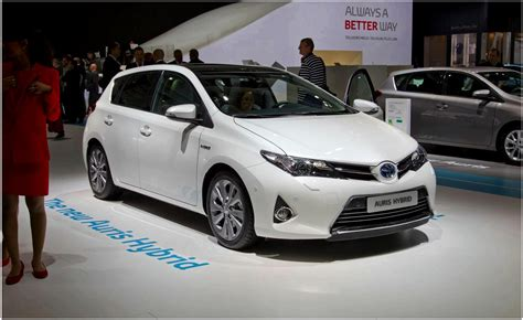 toyota vehicles toyota auris hybrid vehicle electric cars and