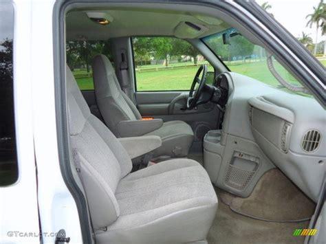 Astro Interior by 2005 Chevrolet Astro Lt Awd Passenger Interior Photo