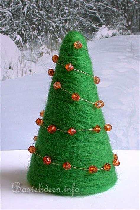 nadelfilzen auf styropor schlichter weihnachtsbaum