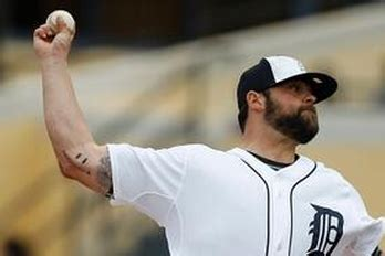 tommy john tattoo joba chamberlain s scar gets turned into smiley