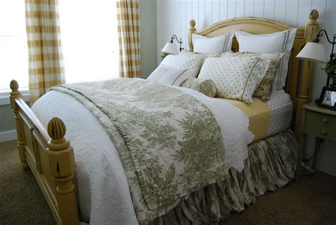 what to look for in bed sheets home by heidi the perfect bed