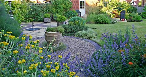 small garden small garden design exles perfect home and garden design