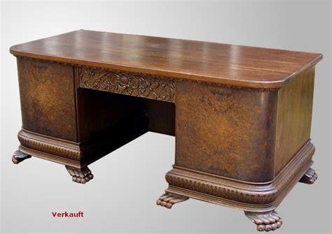 Schreibtisch Barock by Schreibtisch Aus Dem Barock Eiche Und Nussbaum Antike