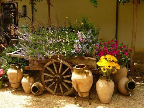 home and garden decorating imagenes con ideas para decorar el jard 237 n con cosas recicladas