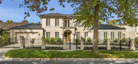 luxury home builder melbourne luxury home builder melbourne luxury home builders