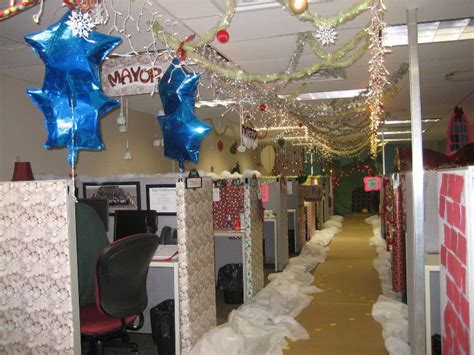 office xmas decorating ideas 25 photos of office decorations ideas magment