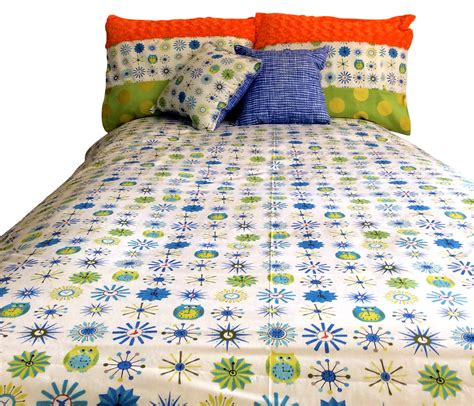 Bunk Bed Quilts by Hoot Hoot Owl Theme Bunk Bed Hugger Comforter Bedding