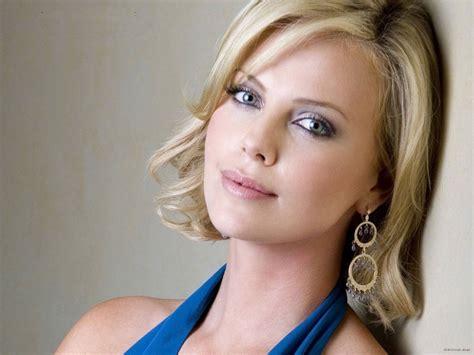 top 10 female celebs top 10 most beautiful eyes female celebrities