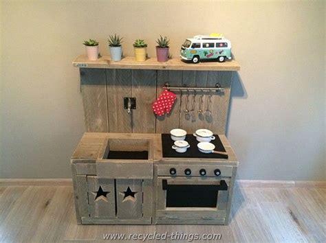 childrens wooden kitchen furniture 25 best ideas about pallet kids on pinterest reading