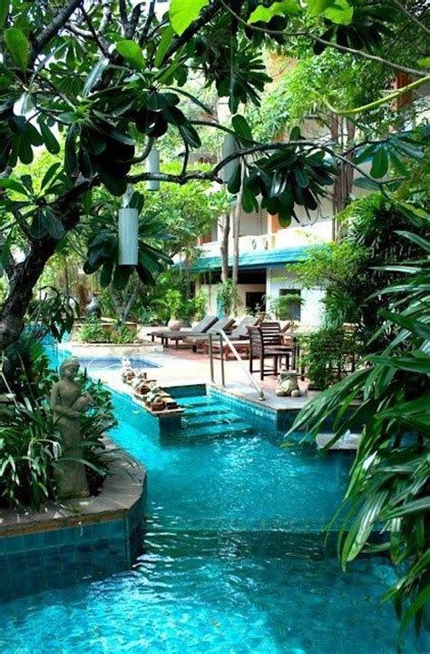 How To Build A Lazy River In Your Backyard by 25 Best Ideas About Backyard Lazy River On Lazy River Pool Amazing Bathrooms And