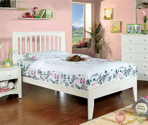 brook bedroom set pine brook white platform bedroom set with slat kit cm7908wh