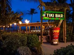 Tiki Bar Inn Tiki Bar Bars In Islamorada Postcard Inn Resort