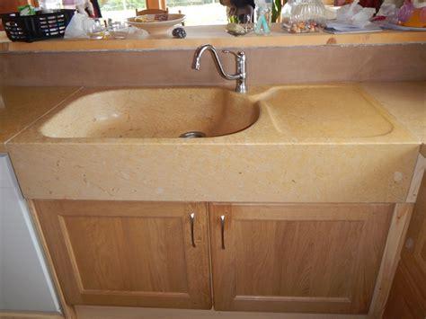 bac evier cuisine vasque evier cuisine le fond des cuves de lu0027vier en