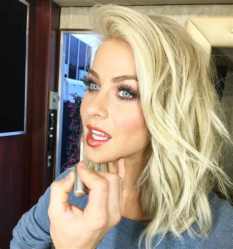 images of julianna rancic blond hair cut for ocars 2015 blonde lob smokey blue eyes via julianne hough on