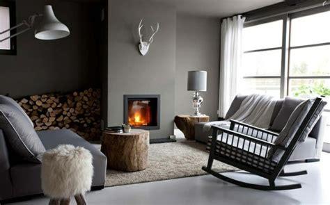 Délicieux Deco Chambre Zen Adulte #2: 1-idee-deco-salon-ambiance-zen-chambre-adulte-zen-fauteuil-gris-chemin%C3%A9e-d-int%C3%A9rieur.jpg