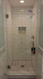 small bathroom designs with shower stall 25 best ideas about small showers on small