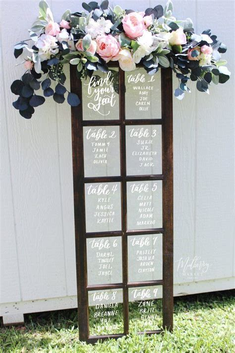 creative  eye catching wedding seating chart