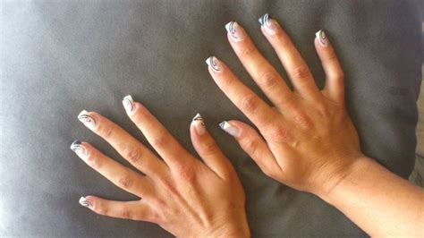 Ongle Resine Deco by Ongles R 233 Sine D 233 Co Liner Noir Et Blanc Strass Ongles
