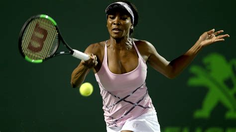 Venus Williams Looks Like A 2 by Venus Williams Upsets World No 1 Angelique Kerber At