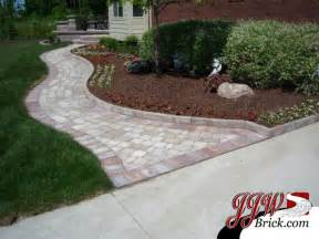 Ideas For Brick Sidewalk Design Paver Walkway Design Ideas Traditional Landscape Detroit By Jjw Brick