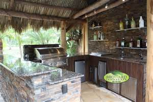 Tropical Outdoor Kitchen Designs 10 Custom Outdoor Kitchen Designs