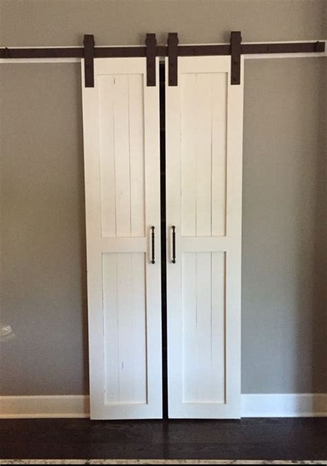 sliding barn style interior doors best 25 interior sliding doors ideas on