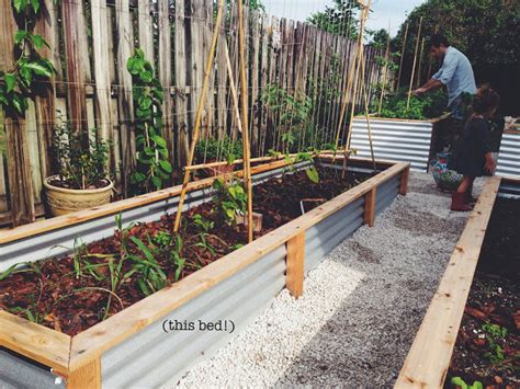 raised beds diy ohdeardrea our raised beds easy metal wood garden bed