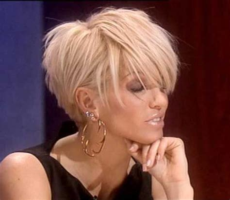 chop hairstyle for women longer version 25 best ideas about short choppy haircuts on pinterest