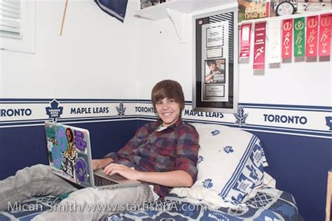 justin bieber bedroom justin bieber s room cheer babie101 flickr