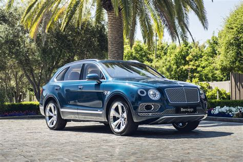 2020 bentley suv 2020 bentley bentayga hybrid drive charged with
