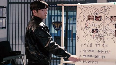 film korea wajib tonton 2017 ini dia judul judul drama korea wajib tonton di bulan