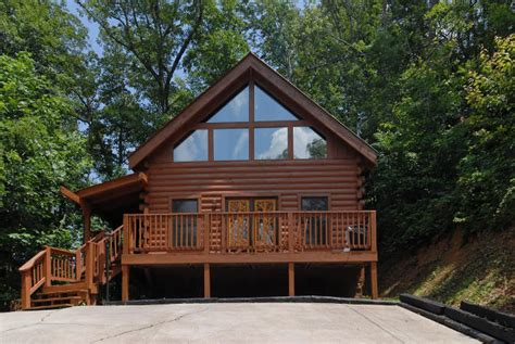 Affordable Cabins Pigeon Forge by Fireside Chalets And Cabins Pigeon Forge Tennessee Smoky