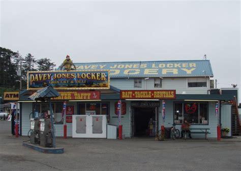 boat basin plaza charleston oregon davey jone s locker charleston or bait shops on