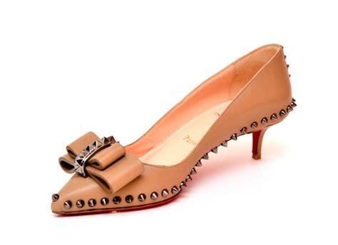 sandal flat kepang mr 26 hit rs766 kitten heels christian louboutin steps in fur coat no