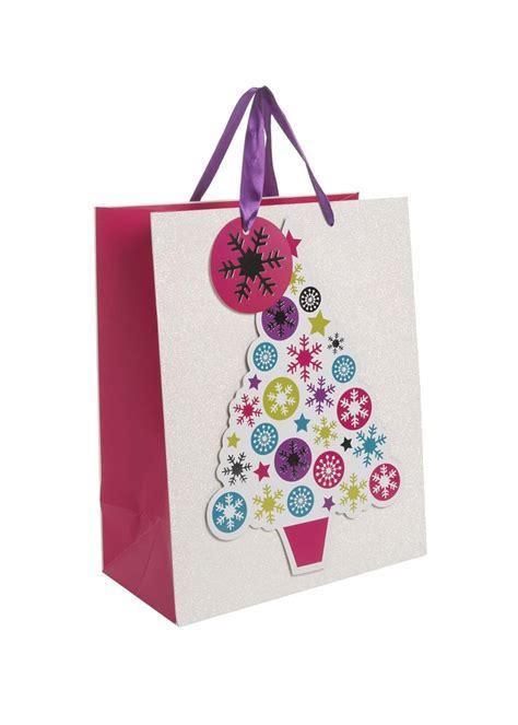 matalan xmas gifts these gift bags from matalan 163 2