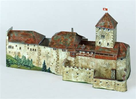 Architecture Papercraft - hohenklingen castle free building paper model