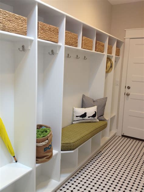Model Homes Decorated Ideas by Laundry And Mudroom Ideas