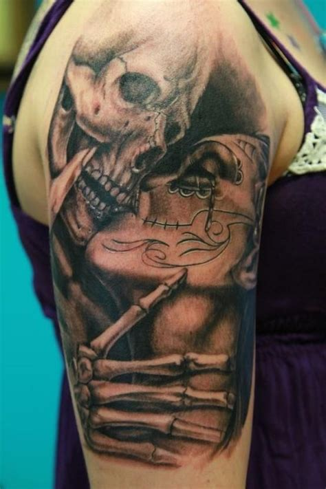 tattoo kissing images sugar skull kiss tattoo tattoos pinterest