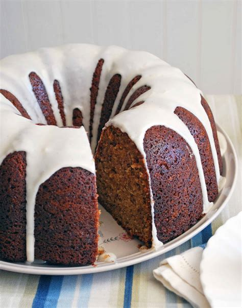 banana bundt cake with vanilla glaze the live in kitchen