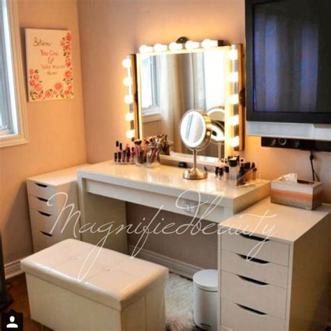 Lighted Vanity Table Makeup Vanity Table With Lighted Mirror Ikea Mugeek Vidalondon