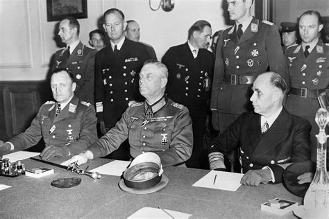 d day to ve day ve day 70th anniversary a look at germany s surrender in 1945 and the end of ww2 graphic images
