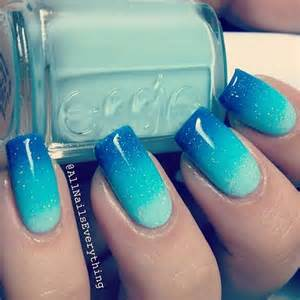 blue nails 2017