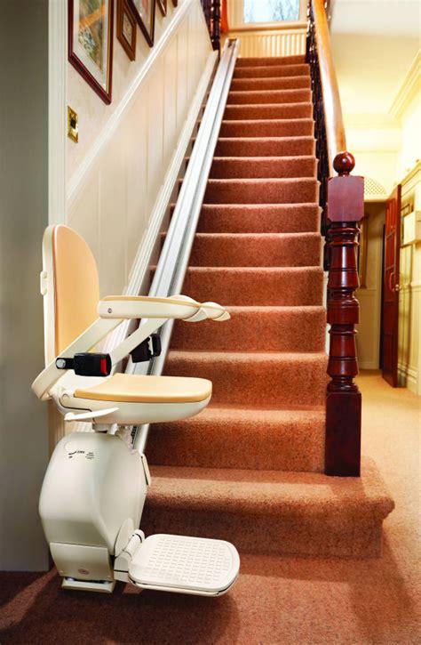 sedia per scale disabili prezzi montascale a poltroncina a130 montascale a poltroncina a130