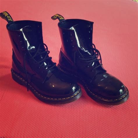 23 dr martens shoes black patent leather doc